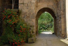 Fources-Porte de la Tour-Horloge
